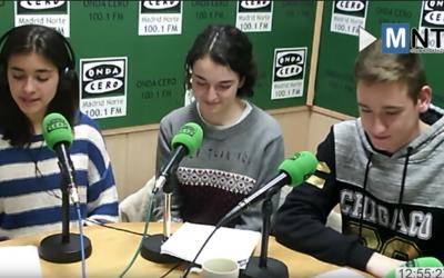 Seguimos los pasos de nuestra autora Macarena Lledó en su primer contacto con el mundo de la radio